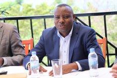 Dr Isaac Munyakazi