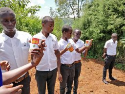 TTC Mururu students verify seeds type