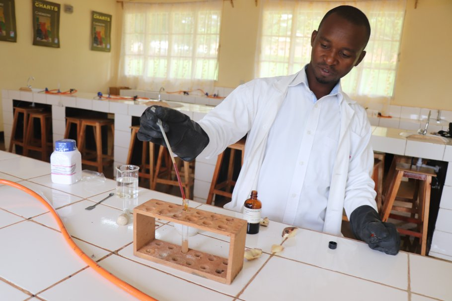Mr Gratien Gasasira perfroms food test using potatoes as reagent